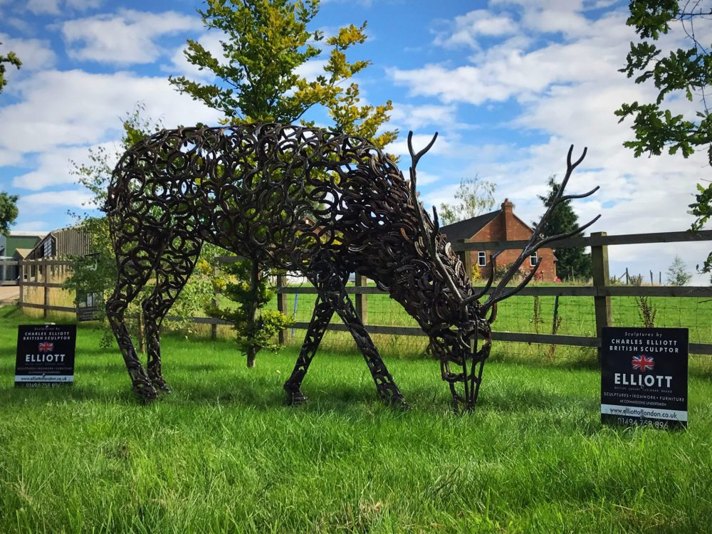 Horseshoe Rustic Stag Sculpture Grazing