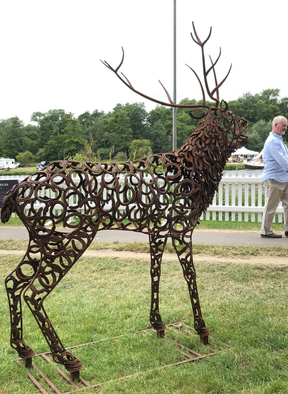 Bellowing Stag Sculpture Walking