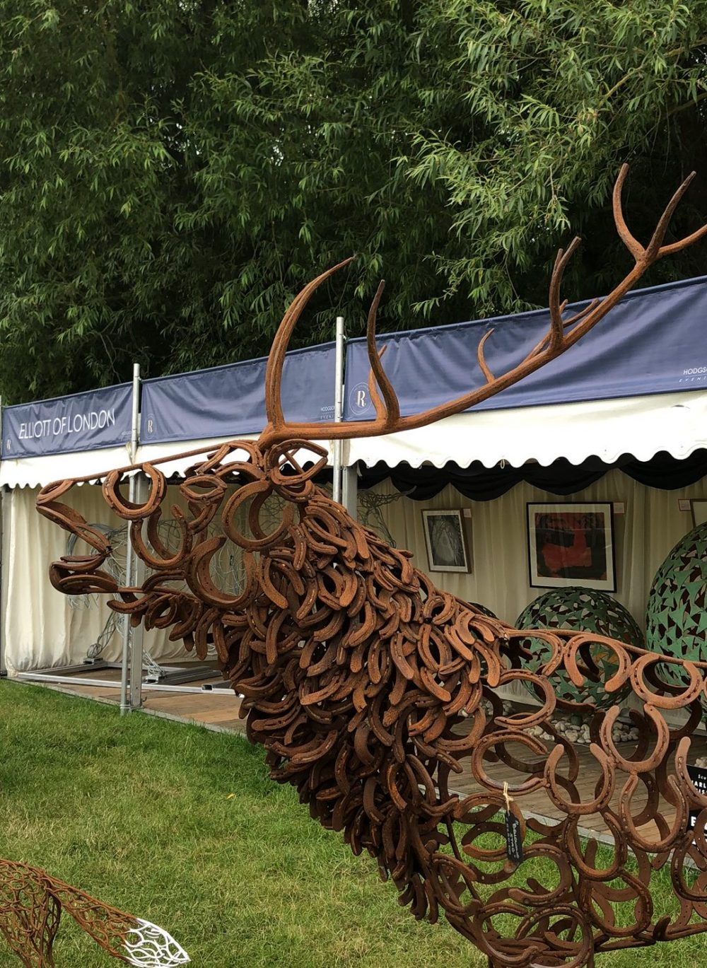 Large Bellowing Stag Sculpture