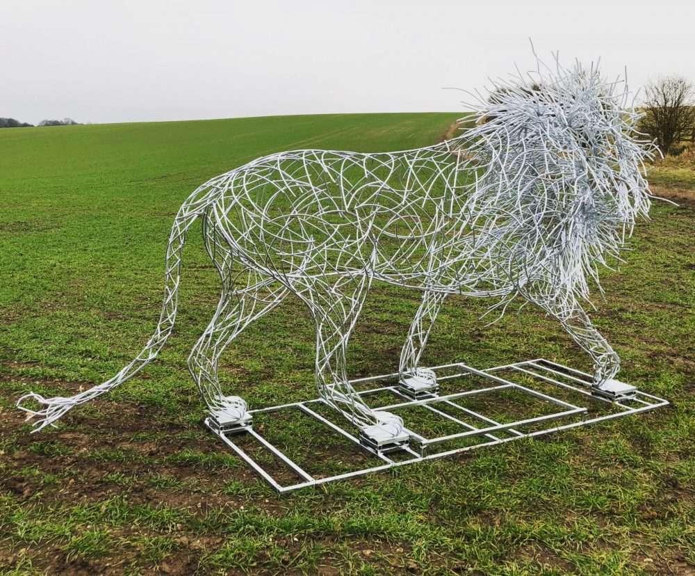 LION SCULPTURE gallery