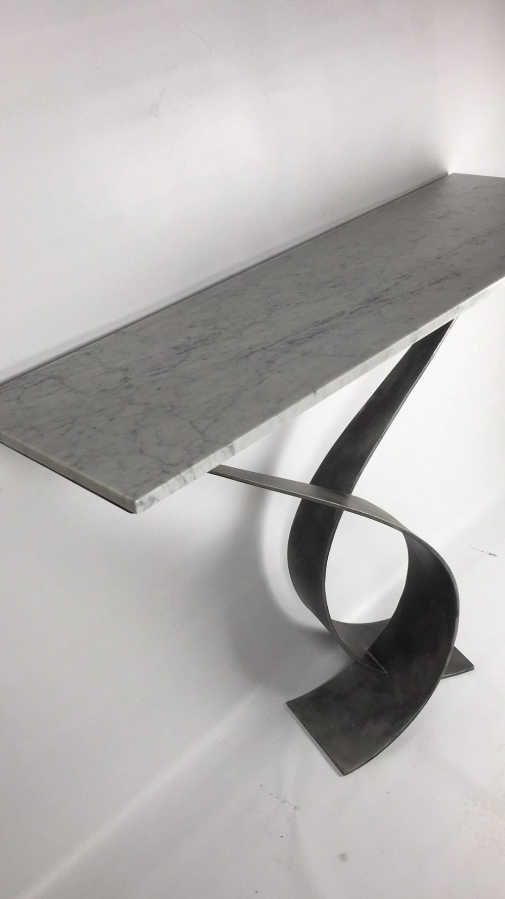 Top Of Vagues Console Table