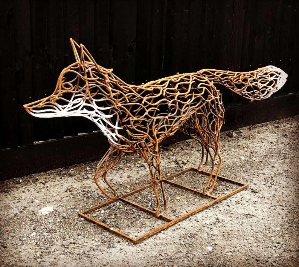 Rustic Fox Sculpture Design