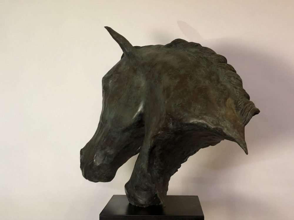 Rustic Horse Head Sculpture left facing